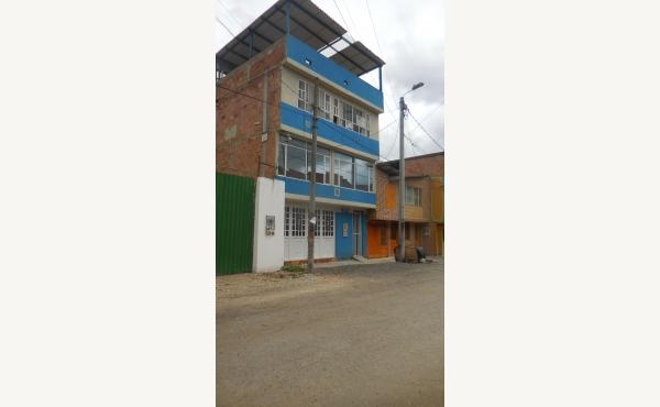 Casa de tres niveles en venta, Carrera 1C # 19-03, Hato I, Funza C/Marca